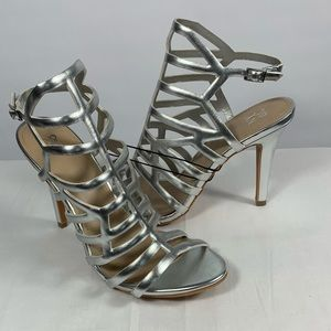 NWOT New York & Co Silver Caged High Heel Shoe